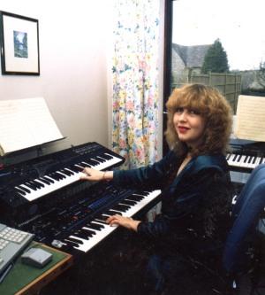 Annie Locke on keyboards - image