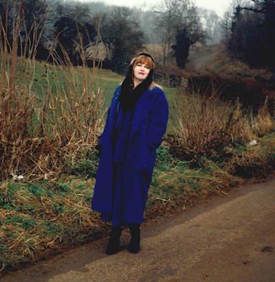 Annie Locke near Northleach UK | 400x96 image