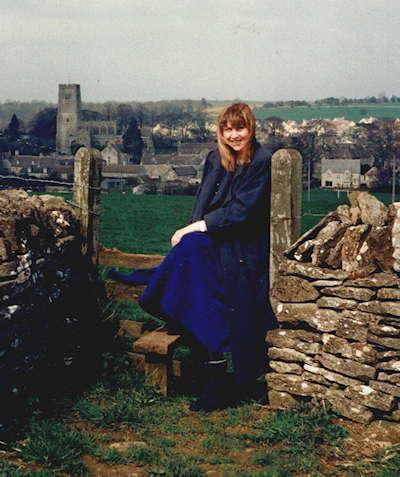 Annie Locke in Northleach UK | 400x96 image